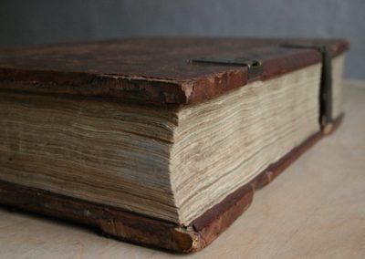 bible-1068176_1920